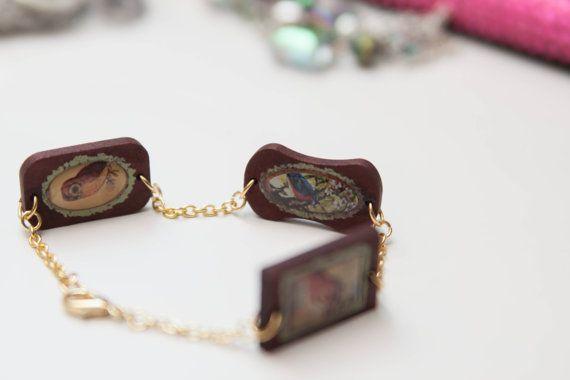 Wooden Bird Plaque Chain Bracelet