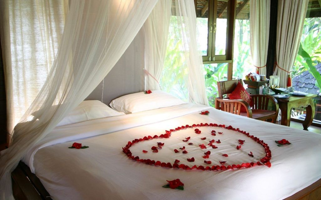 Find The Best Powerful Photos Honeymoon Bedroom Decoration