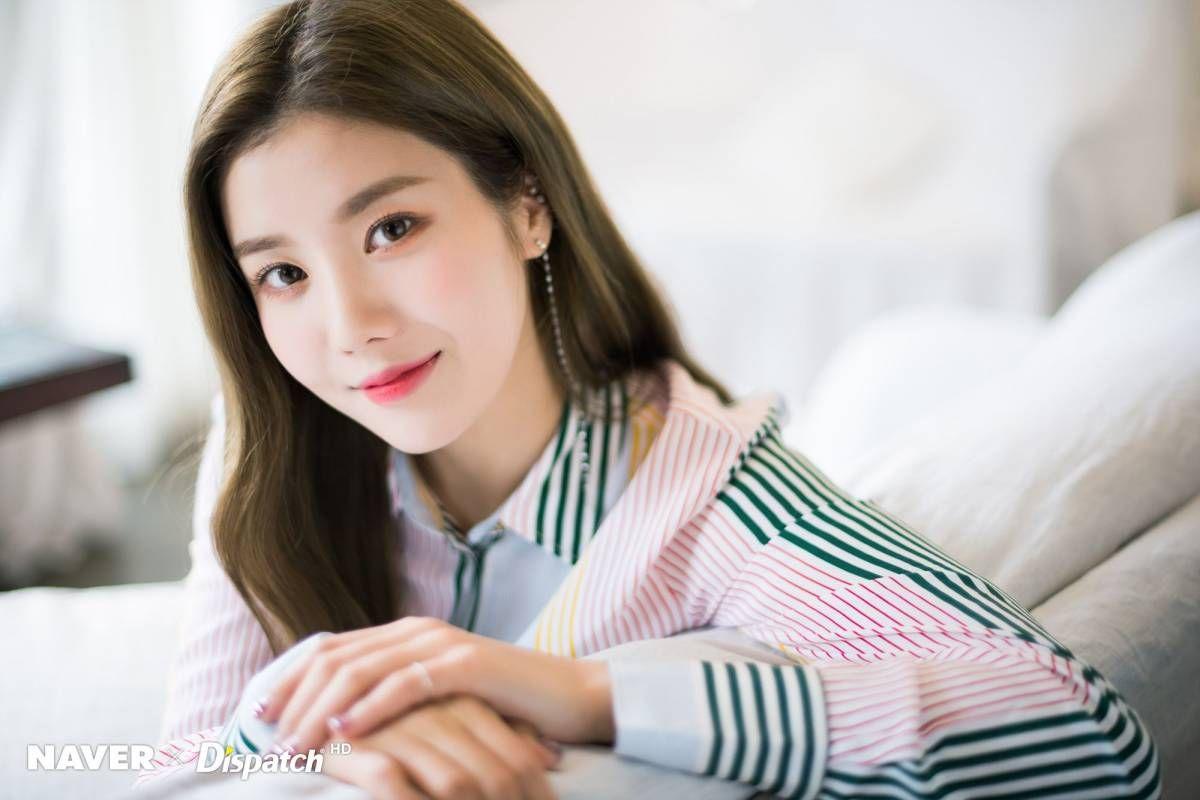 IZ*ONE Eunbi 2nd mini album 'HEART*IZ' promotion photoshoot by Naver