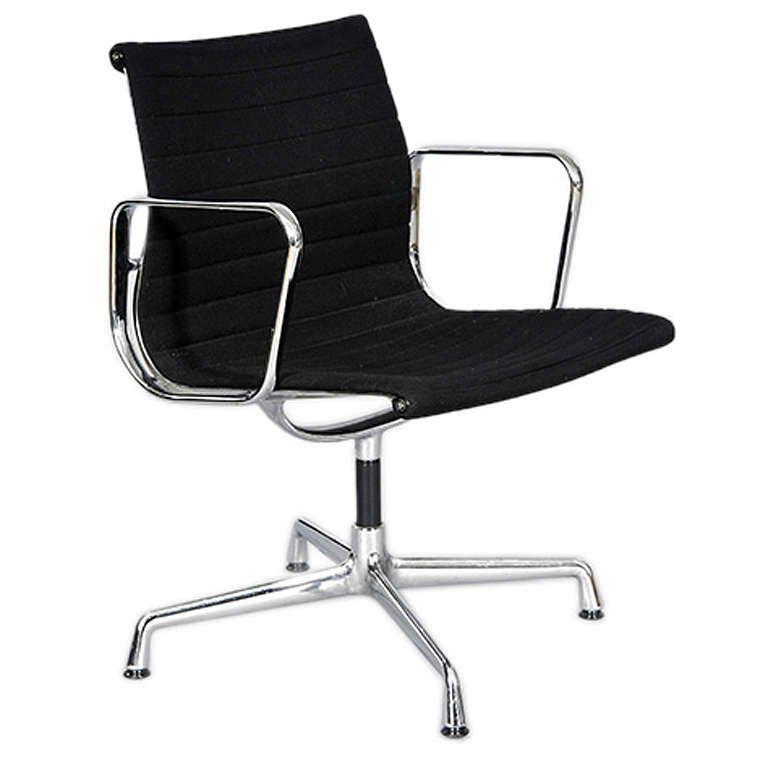 replica eames group standard aluminium chair cf. The Matt Blatt Replica Eames Group Aluminium Chair #CF-139 - Standard | Desks \u0026 Office Chairs Pinterest Cf