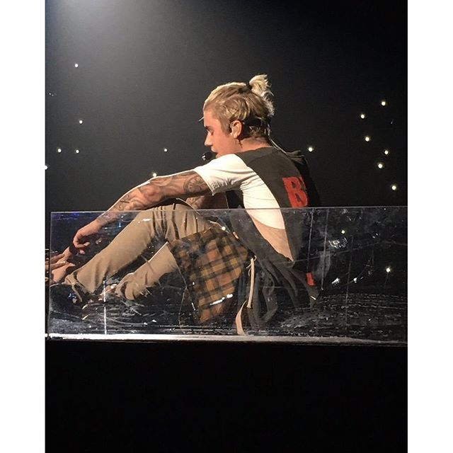 Show Picture #purpose #justinbieber #purposetour #purposetour2016 #oakland #purposetouroakland