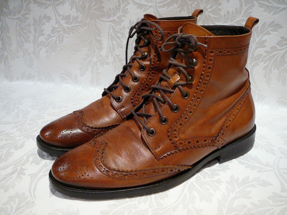 TESTONI BASIC MEN'S WINGTIP BROWN LEATHER ANKLE BOOTS SIZE 10 M MADE IN HUNGARY #Testoni #AnkleBoots
