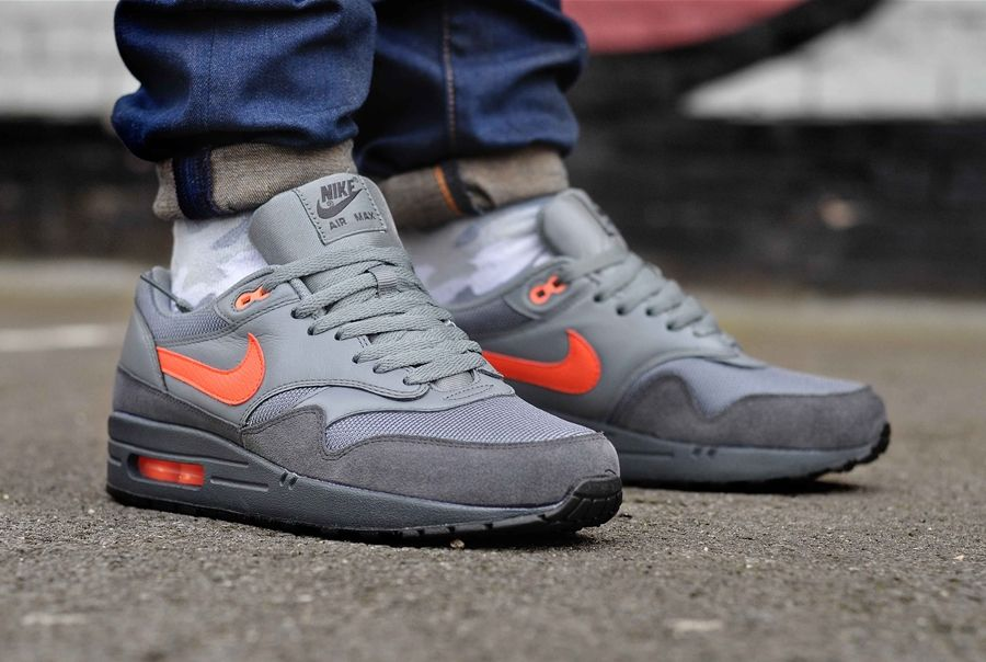 647e4942776 Nike Air Max 1 FB - 579920 001 Anthracite   Team Orange   Cool Grey ...