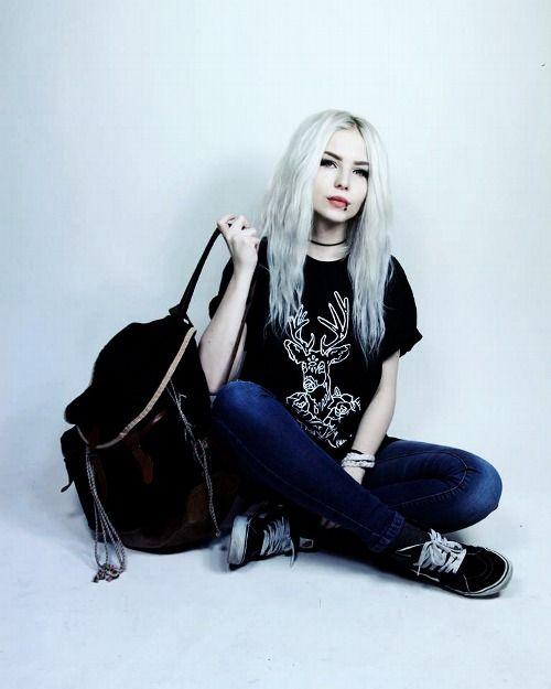Alexandra Catherine Axelina Cute Fashion Silver Hair Tumblr