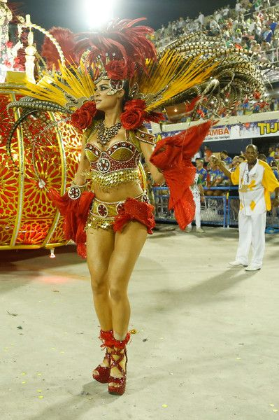 Thayla+Ayala+Rio+Carnival+2015+Day+1