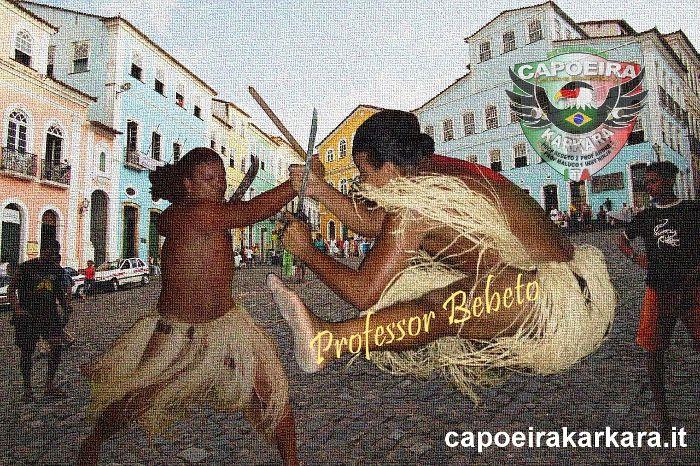 Letra: Jogar Capoeira e Maculele