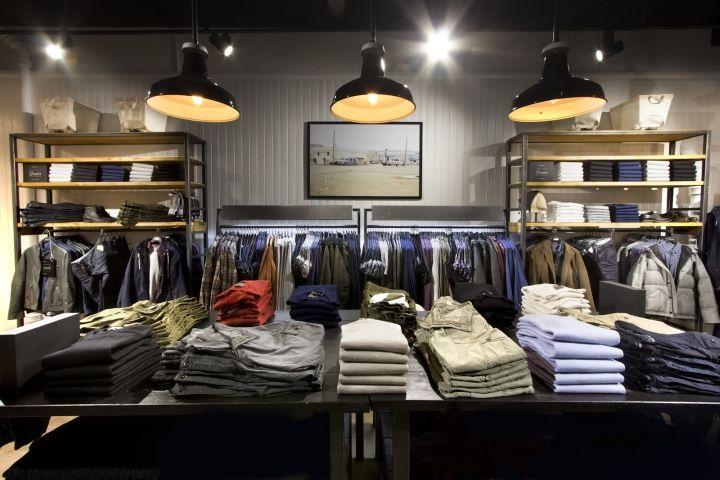 df138dbedd1251c Дизайн магазина мужской одежды в стиле лофт   Интерьер магазина ...