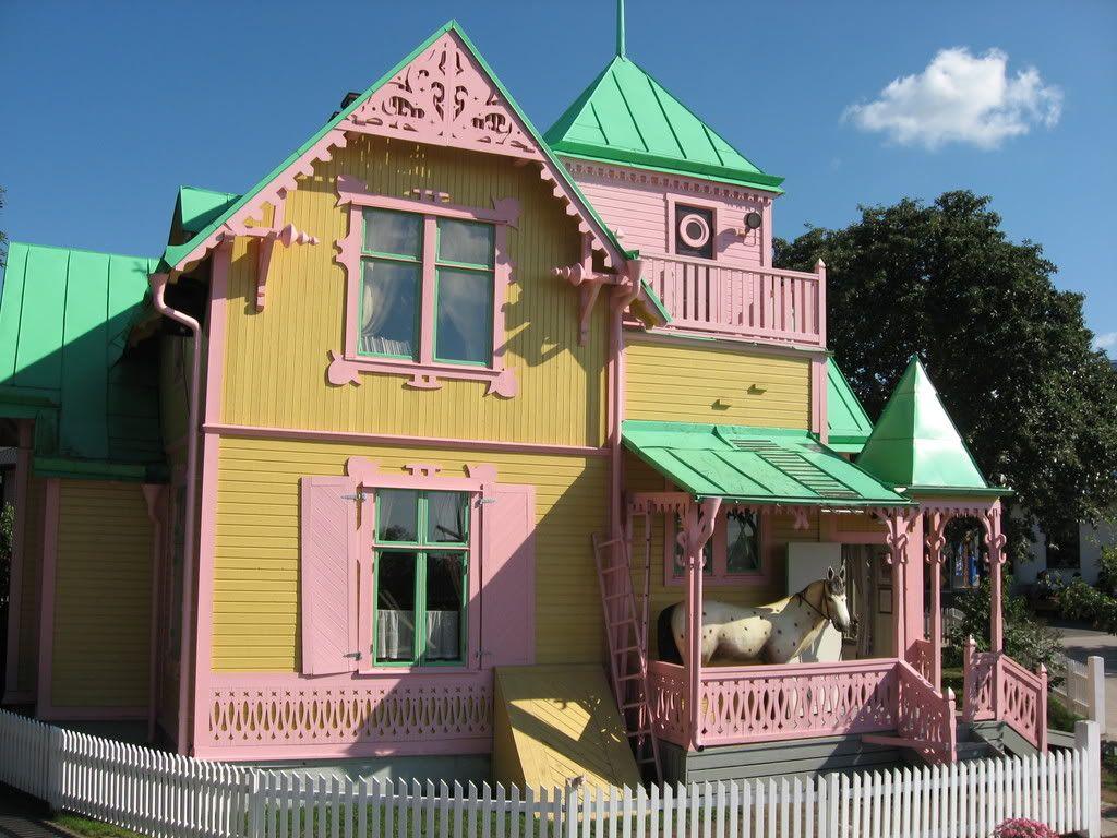 Villa Kakelbont Poppenhuis.Villa Kakelbont Huisjes Houses Pippi Langkous Huisjes