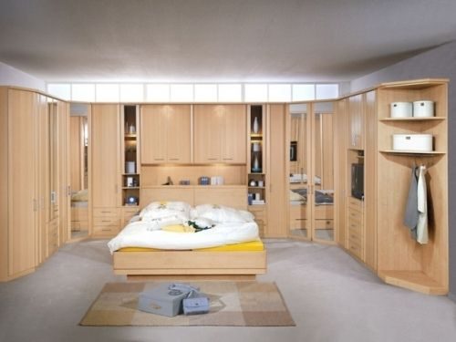 chambre a coucher pont de lit 1 my dream closet. Black Bedroom Furniture Sets. Home Design Ideas