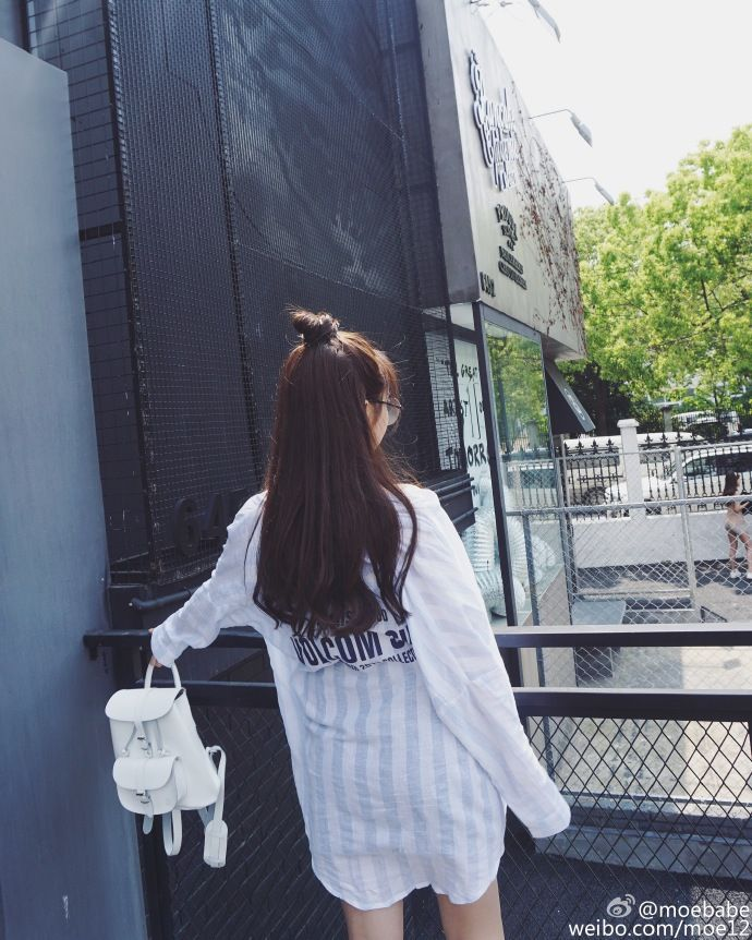 GRAFEA 真皮 背包 双肩包 纯白 白色 可爱 小众 时尚 复古 流行 潮流 买家秀 搭配  www.grafea.com