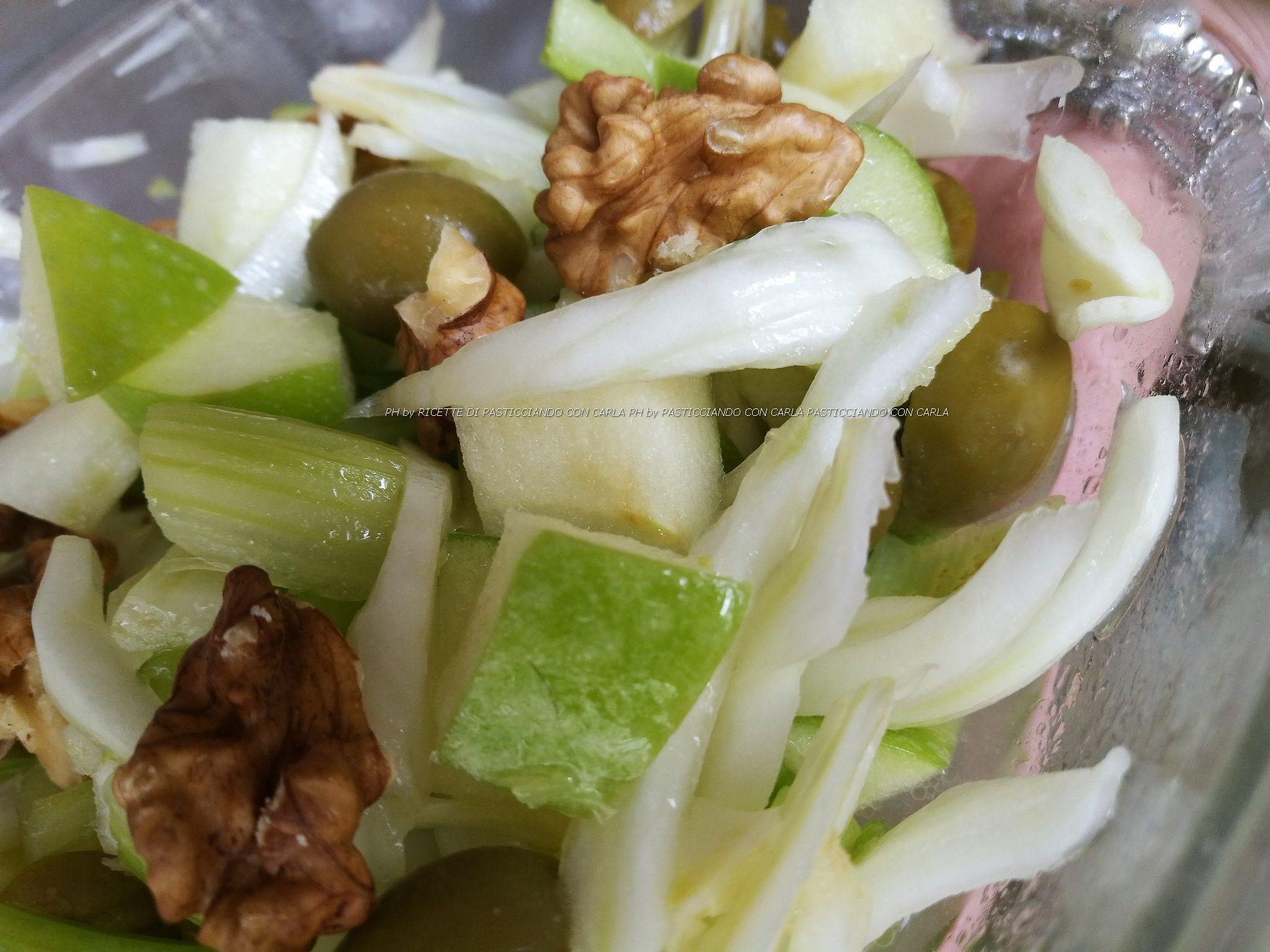 Insalata di sedano mela verde finocchi olive e