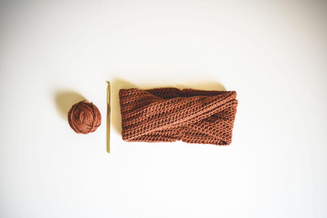 A Modern Twist On A Crochet Headband Pattern   Crochet...hey ...