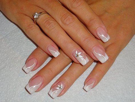 French Nails Nude Square Lace Weisses Dreieck Lange Elegante Braut