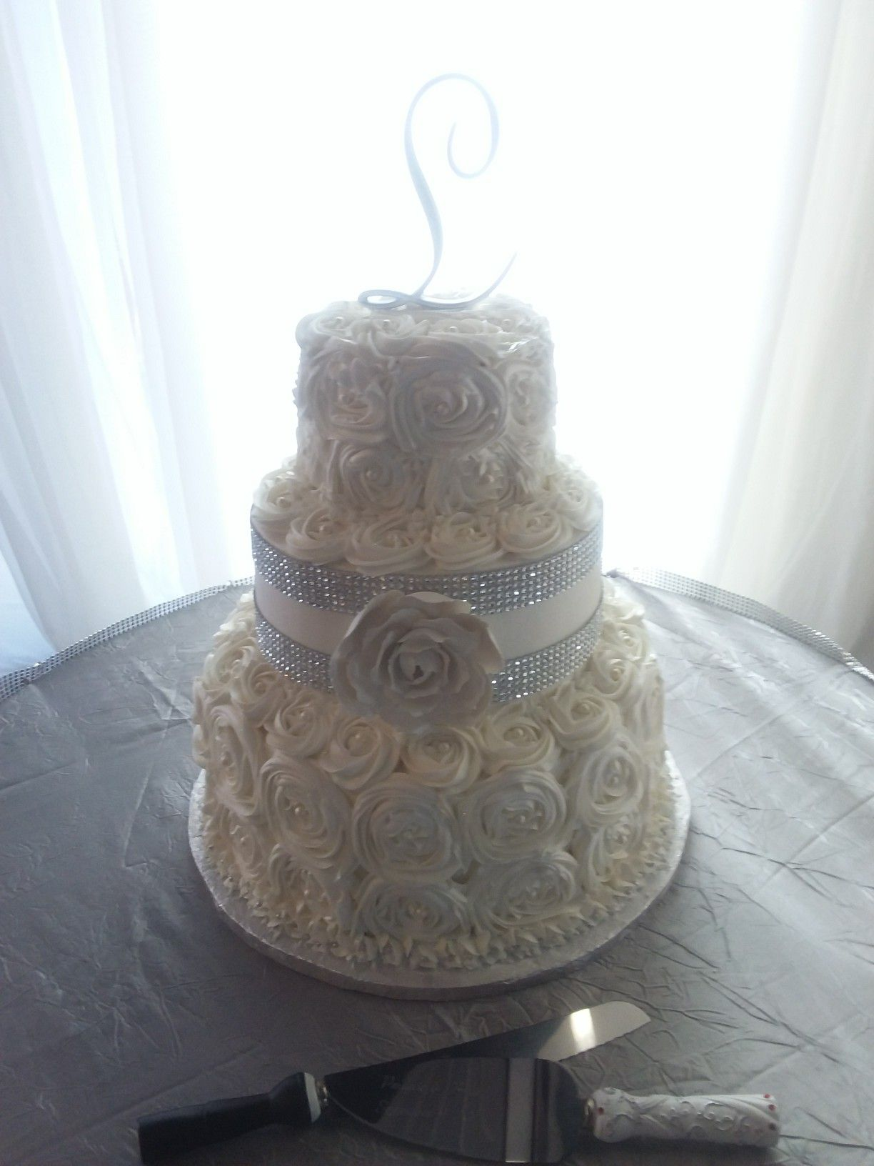My rosette white and silver wedding cake cakes i have made