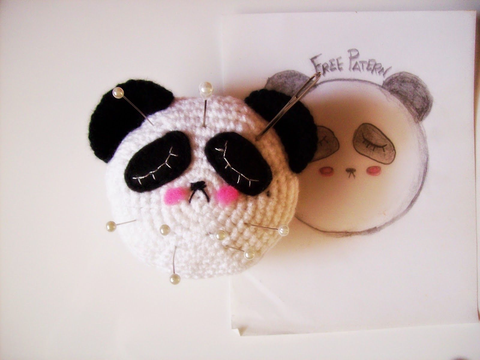 Amigurumi Oso Panda Patron : Patrón alfiletero oso panda las alas de campanilla amigurumis