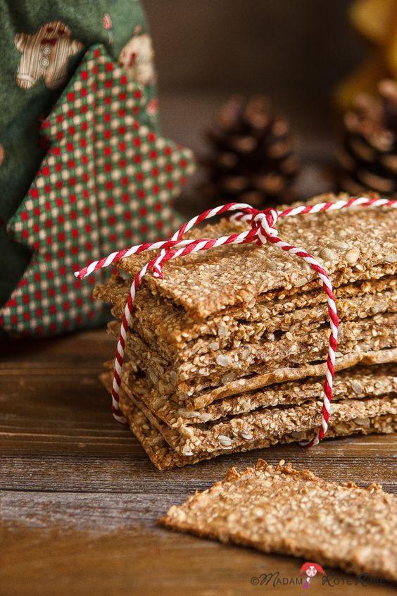 In der Weihnachtszeit mag es nicht jeder nur zuckersüß. Ein Päckchen Haferknäcke mit leichter Zimt- und Honignote, hübsch verschnürt, lässt bestimmt so manches Herz höher schlagen.