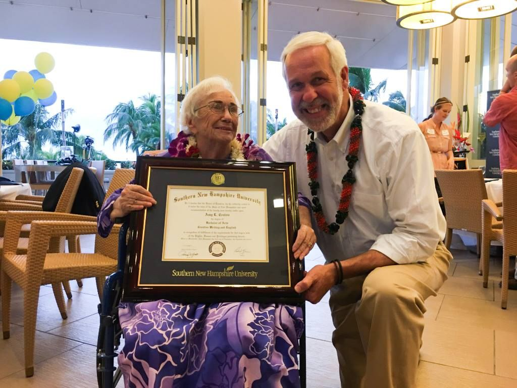 Snhu President Paul Leblanc Presents A Diploma To 94 Year Old Amy Craton Scholarships For College College Degree Education Degree