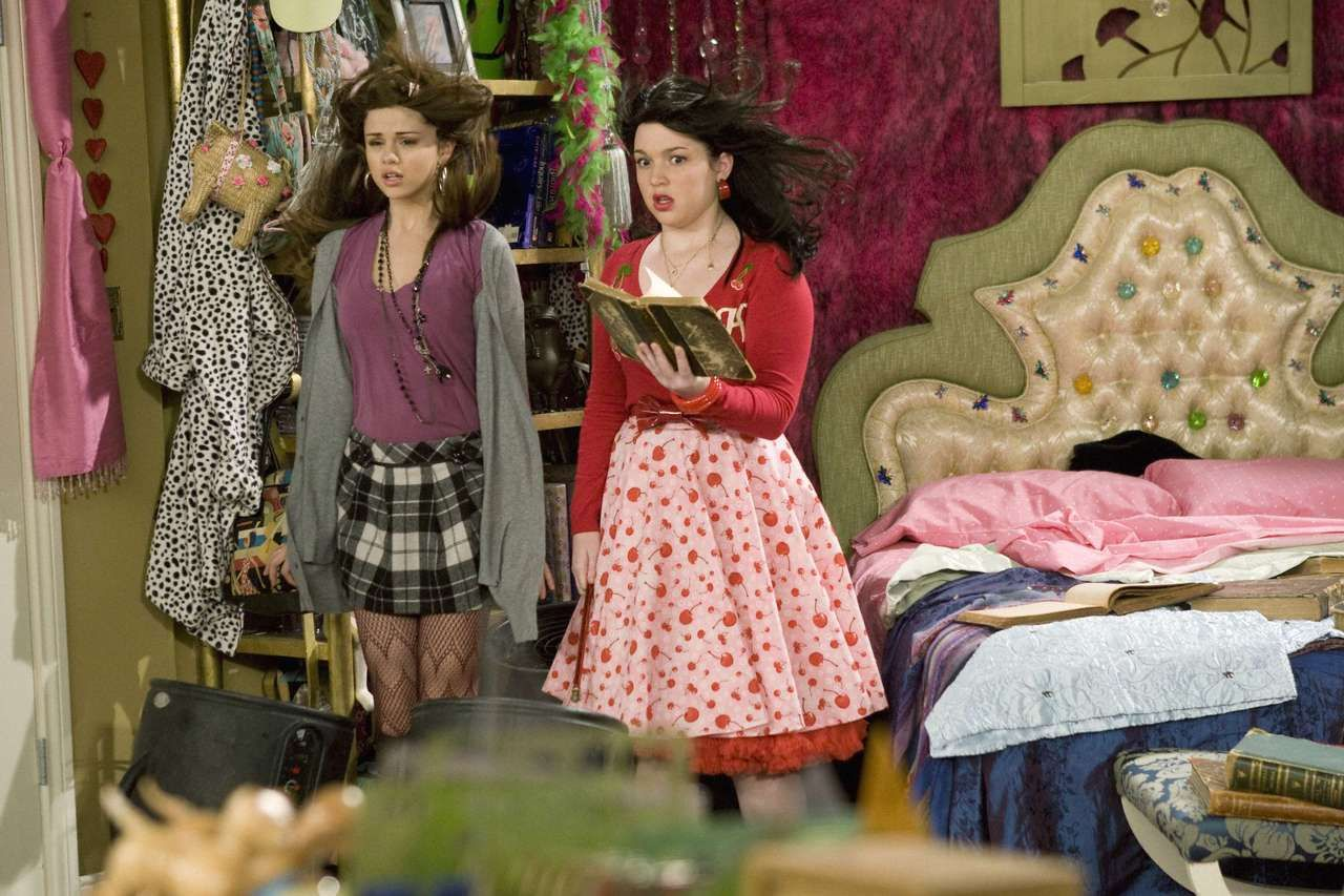 Selena Gomez As Alex Russo In Wizards Of Waverly Place With