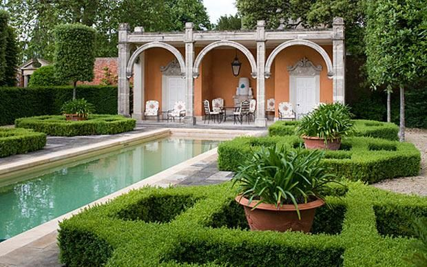 Image gallery italian gardens pool for Garden loggia designs