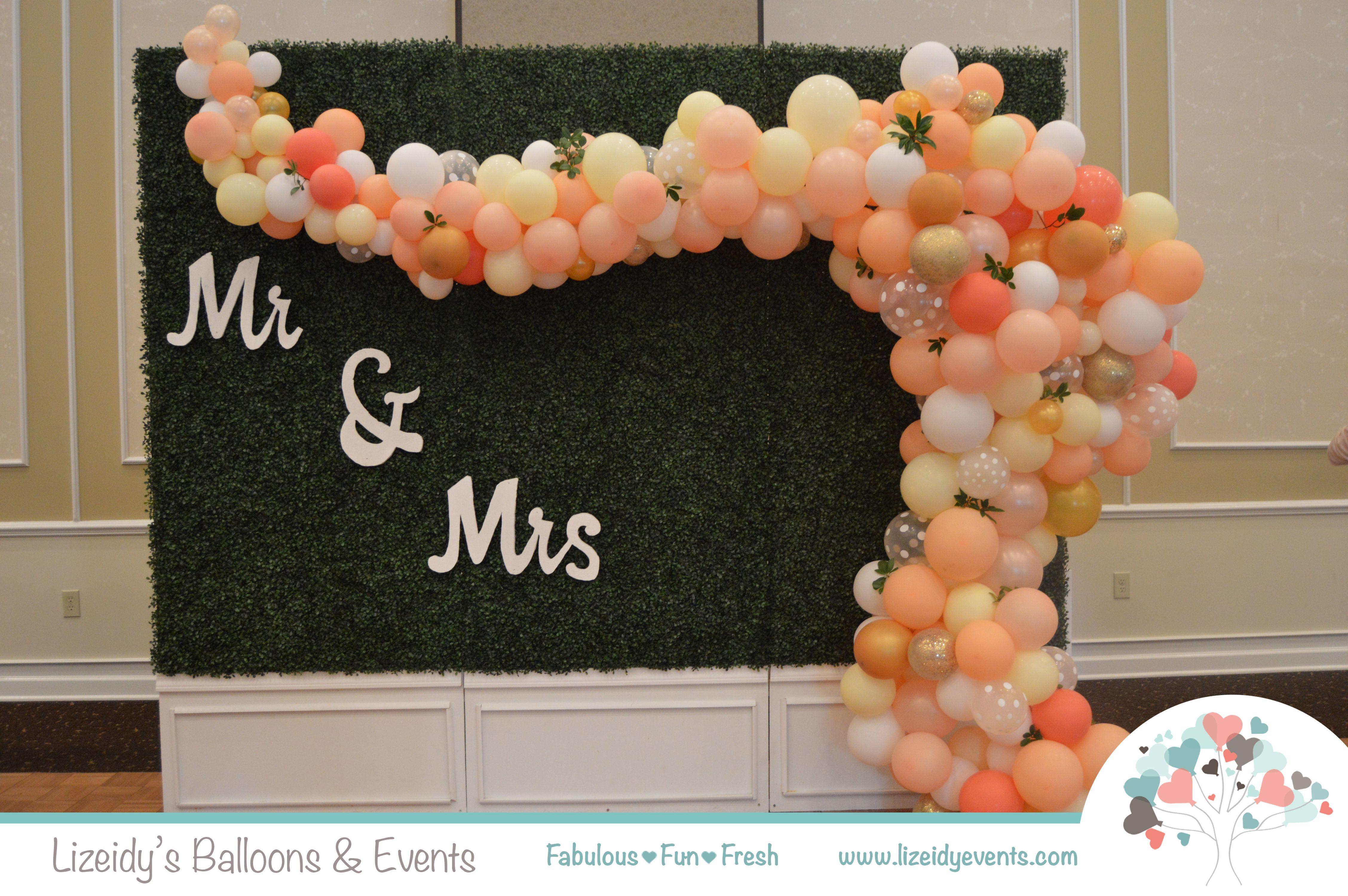 Wedding Backdrop Wedding Balloon Decor Organic Balloon Decor Wedding Balloon Decorations Wedding Balloons Balloon Decorations