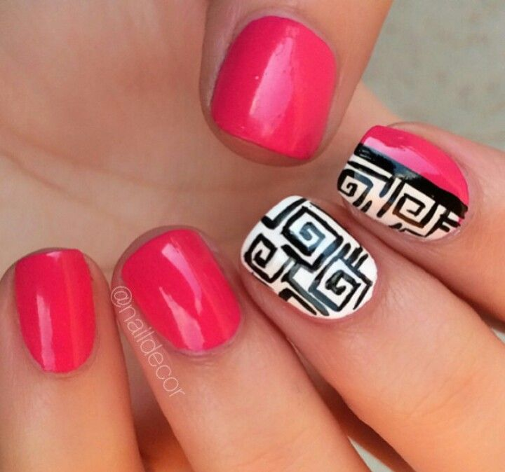 Fancy-hot pink nails! The detail is gorgeous | (Nail Art ...
