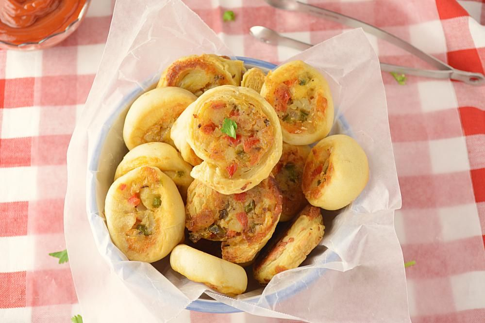 Veggie pinwheels party appetizer recipe party appetizers food forumfinder Gallery