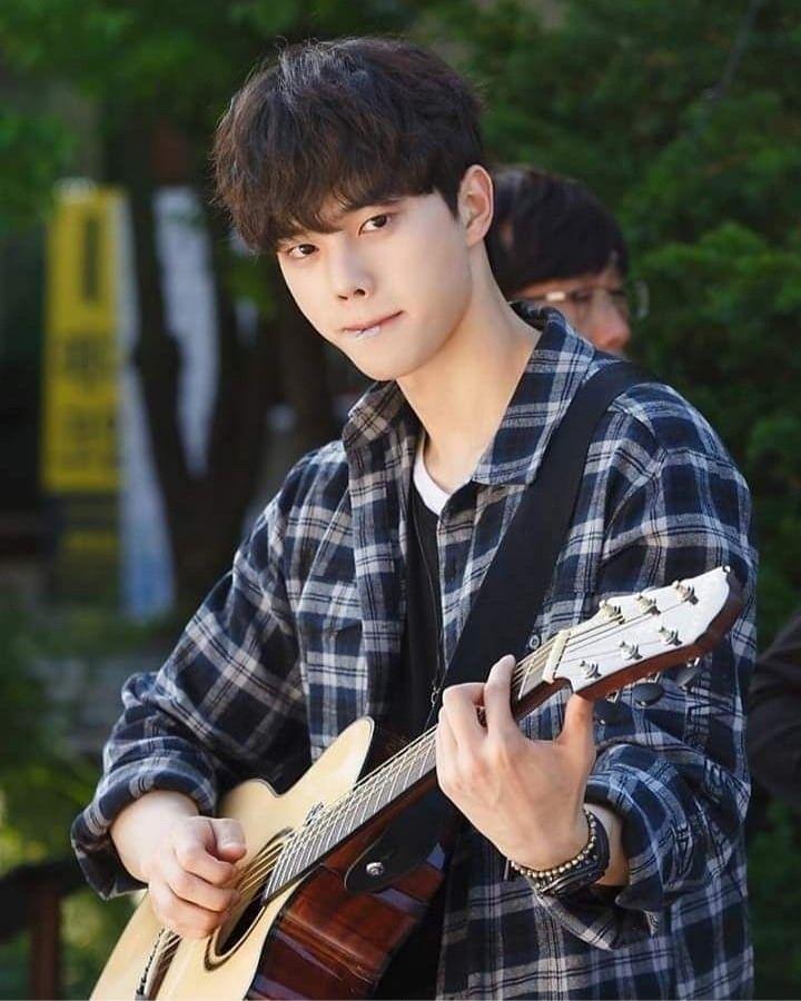 Song Kang-ho Pictures and Photos   Fandango