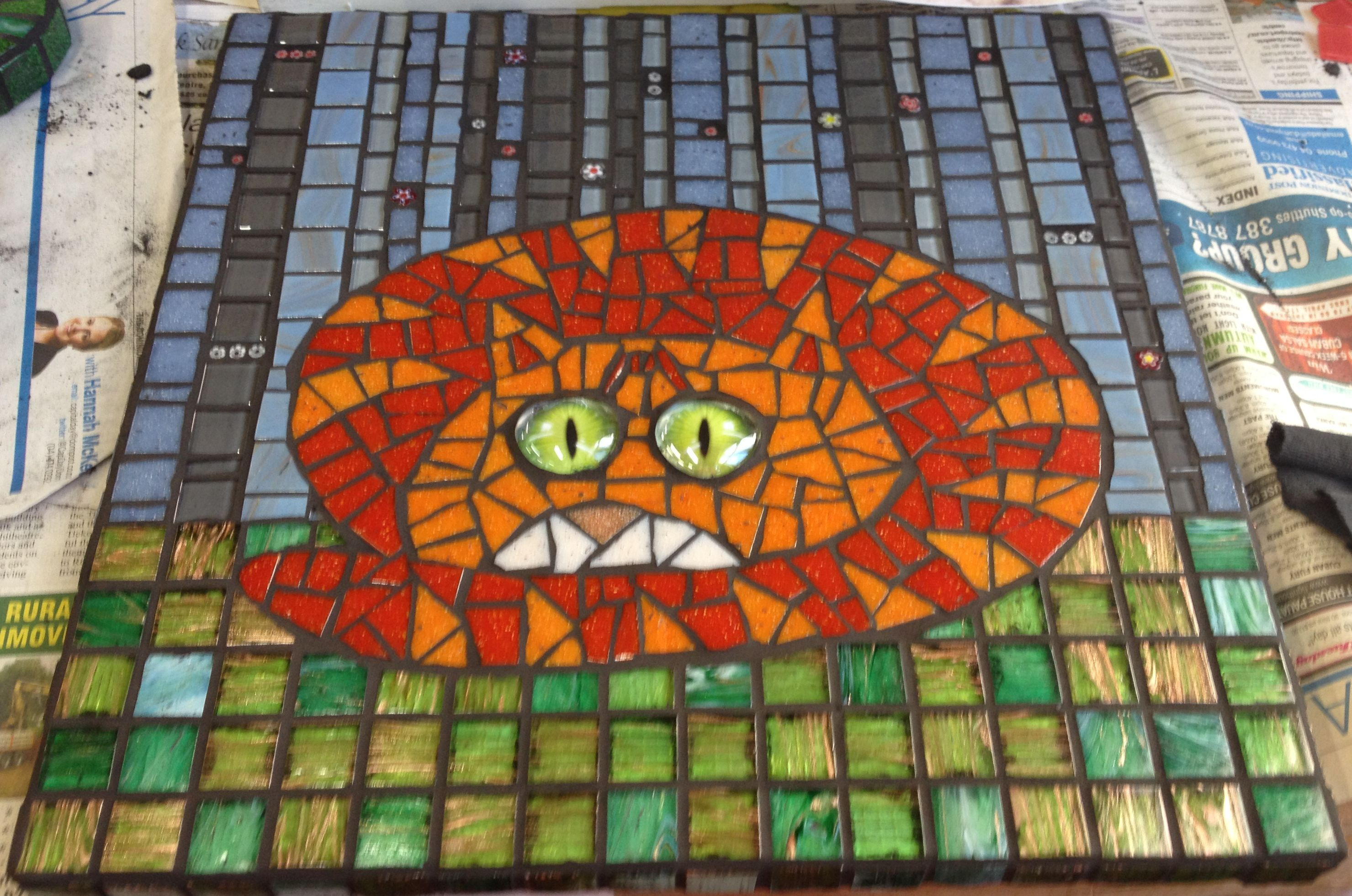 Mosaic cat - anxious looking kitty,