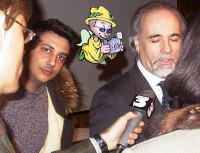 Un giovane Giuseppe Genna pronto a intervistare per Clarence l'autore Antonio Ricci.