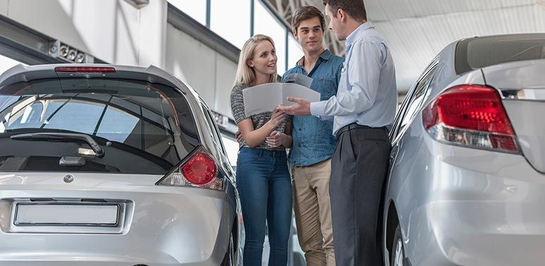 Do i need a specific credit score to buy a car credit