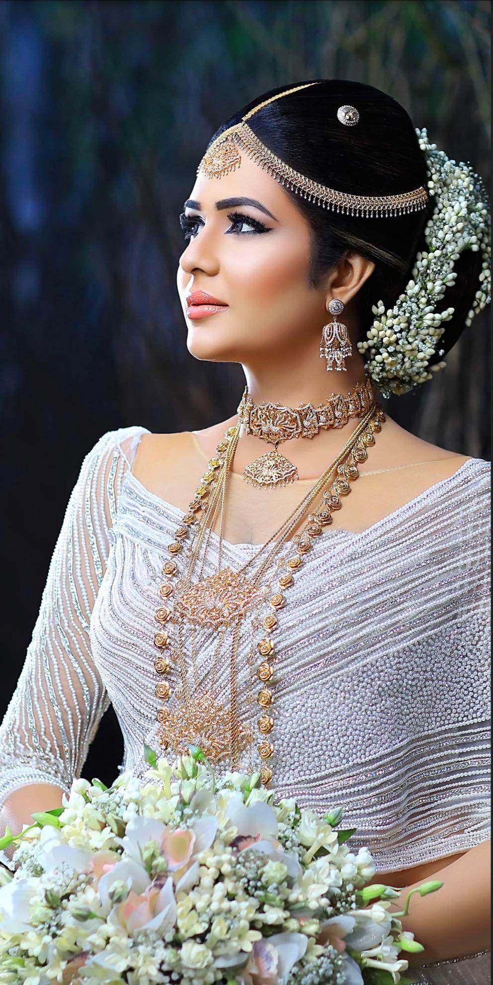 Pin By Suthanya Gugathasan On Sri Lankan Weddings Bridal Wedding Dresses Bridesmaid Saree Bridal Dresses