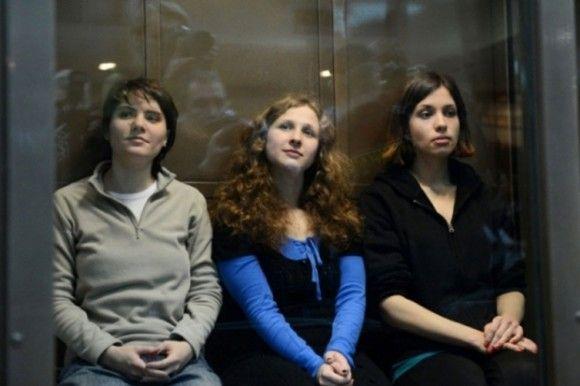 Maria Alyokhina of Pussy Riot Ends Eleven Day Hunger Strike After Having Demands Met http://su.pr/8YmDmV