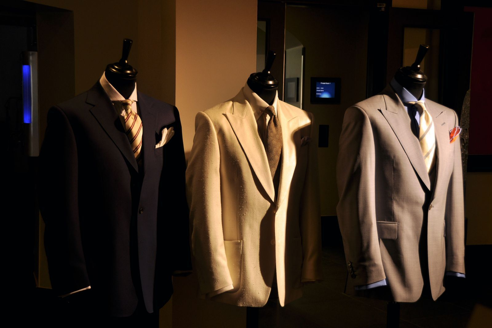 D3 Chester Barrie (1)  Copyright Photo by Nigel Pacquette for Modelixir  http://www.modelixir.com/gallery/image/514-d3-chester-barrie-1/