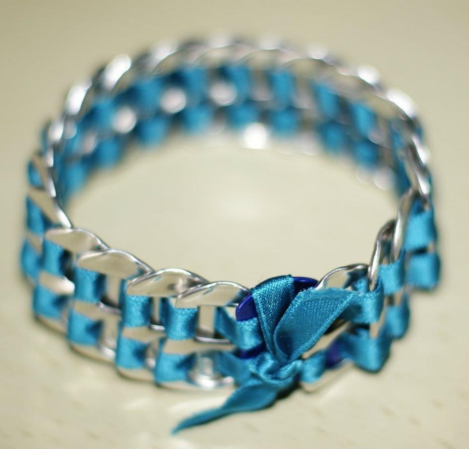 le plus en vogue prix le plus bas choisir officiel Bracelet en canette de soda!!   Recycle all   Bijoux diy ...