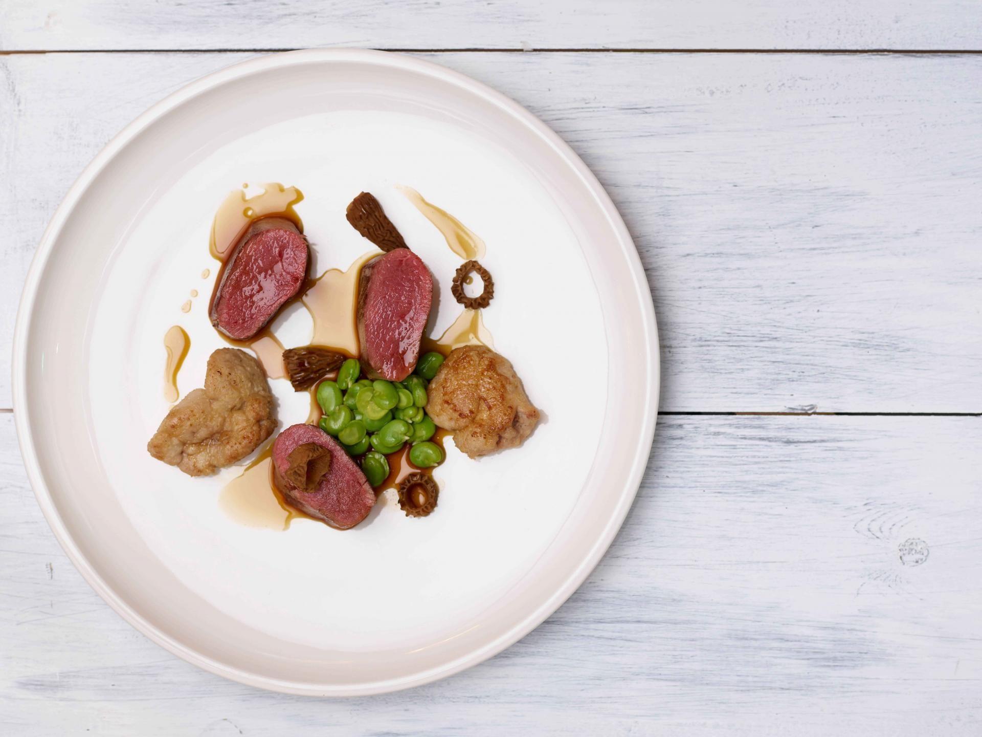 Hans bar grill chelsea restaurant review food dog