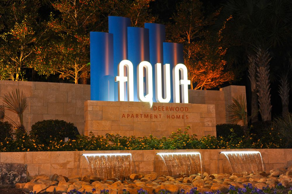 Aqua Deerwood With Images Entrance Signage Monument Signage