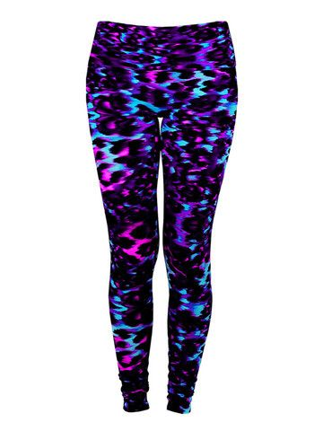 0c1ec6b3564311 Leggings in 'Gypsy Jag' Striped Leggings, Hot Yoga, Sport Fashion, Workout