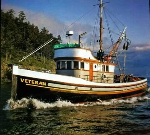 Pin By Lumberman On Pirates Trawler Boats Fishing Boats River Fishing Boat