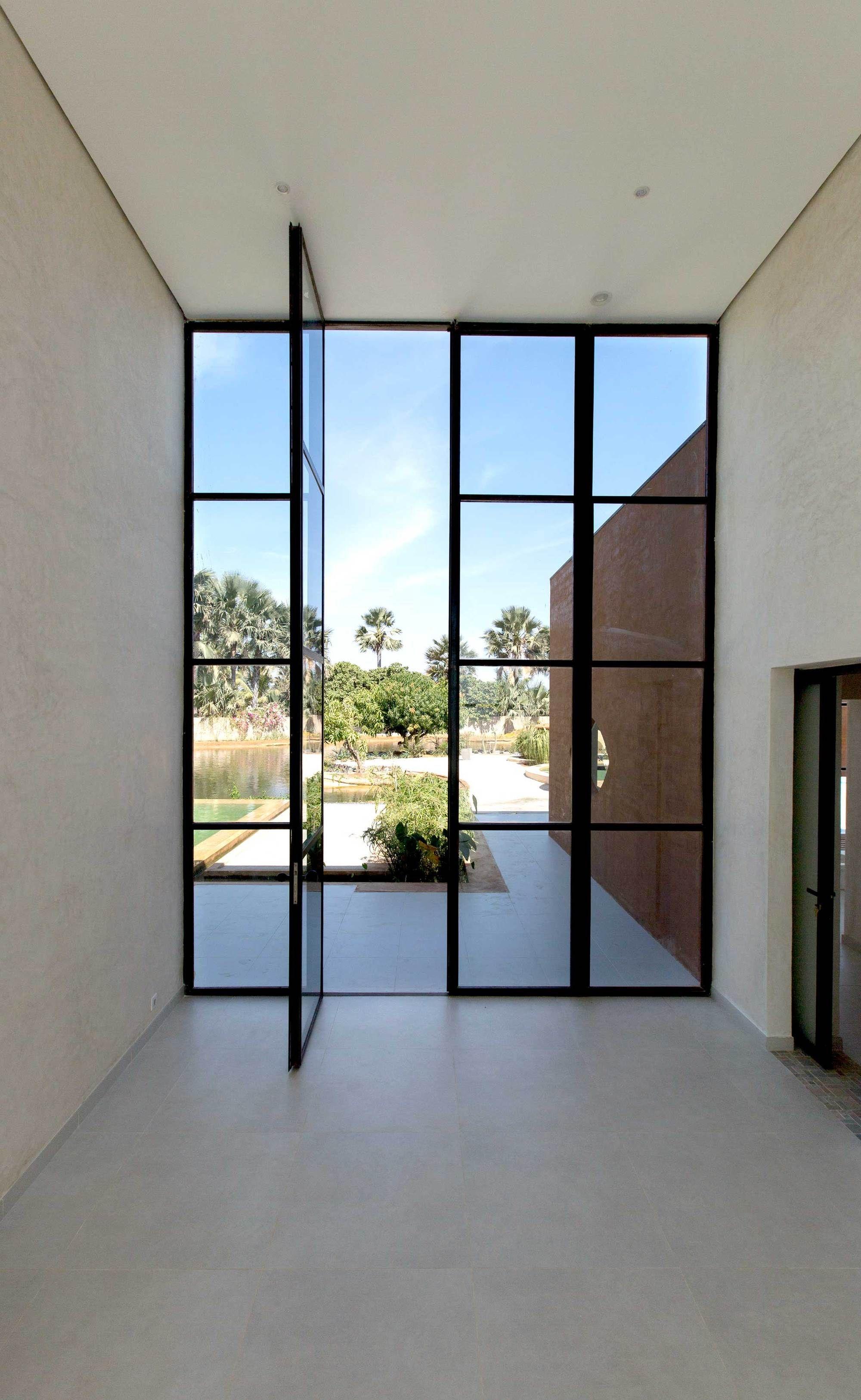 Galer a de casa khamsa atelier koe 14 interior for Casa rural minimalista