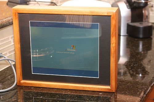Old laptop into photo frame digital frames pinterest digital digital photo frame solutioingenieria Gallery