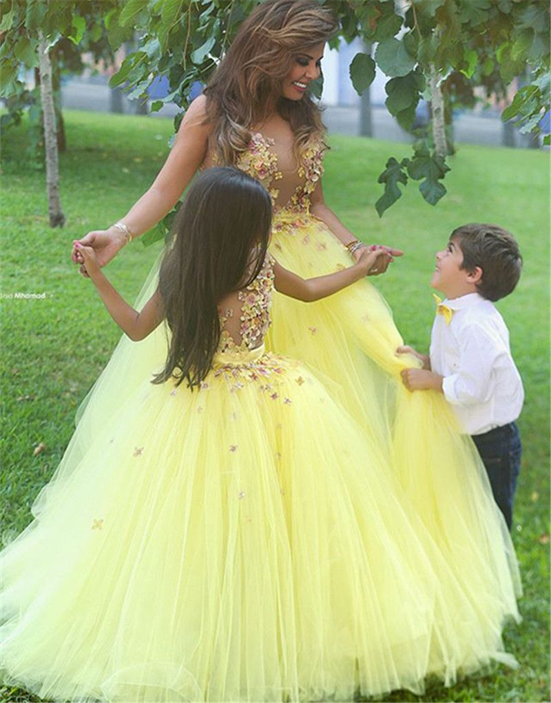 beautiful flowers appliqued ball gown tulle yellow flower girl