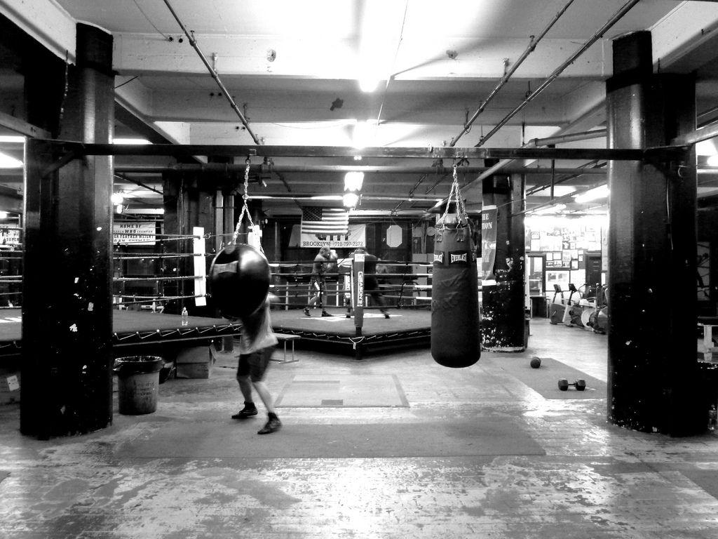 5516329076 C33628c2fe B Jpg 1024 768 Boxing Gym Heavy Bags Boxing Club