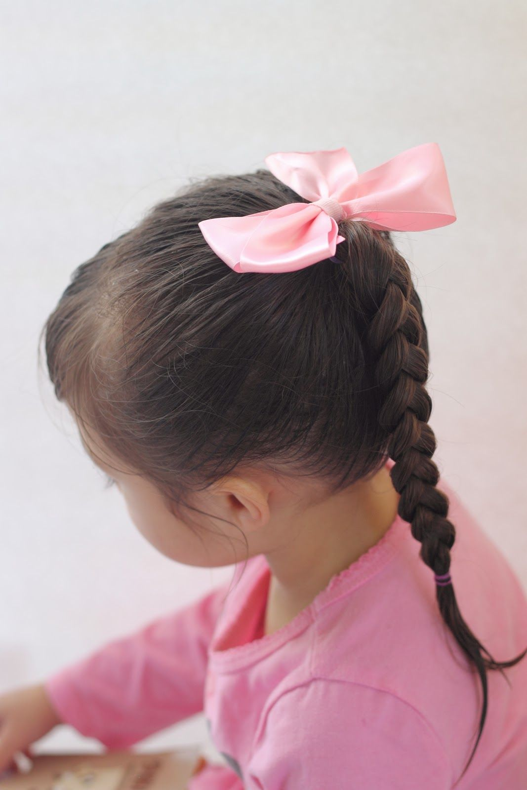 how to put a pony tail in toddlers hair