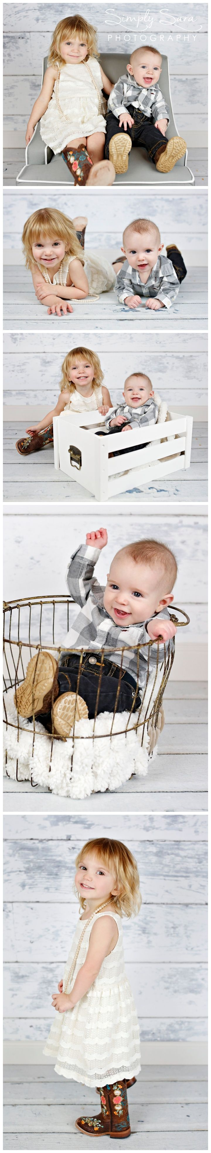 Indoor Family Photo Ideas Poses In A Home Studio 2 Year