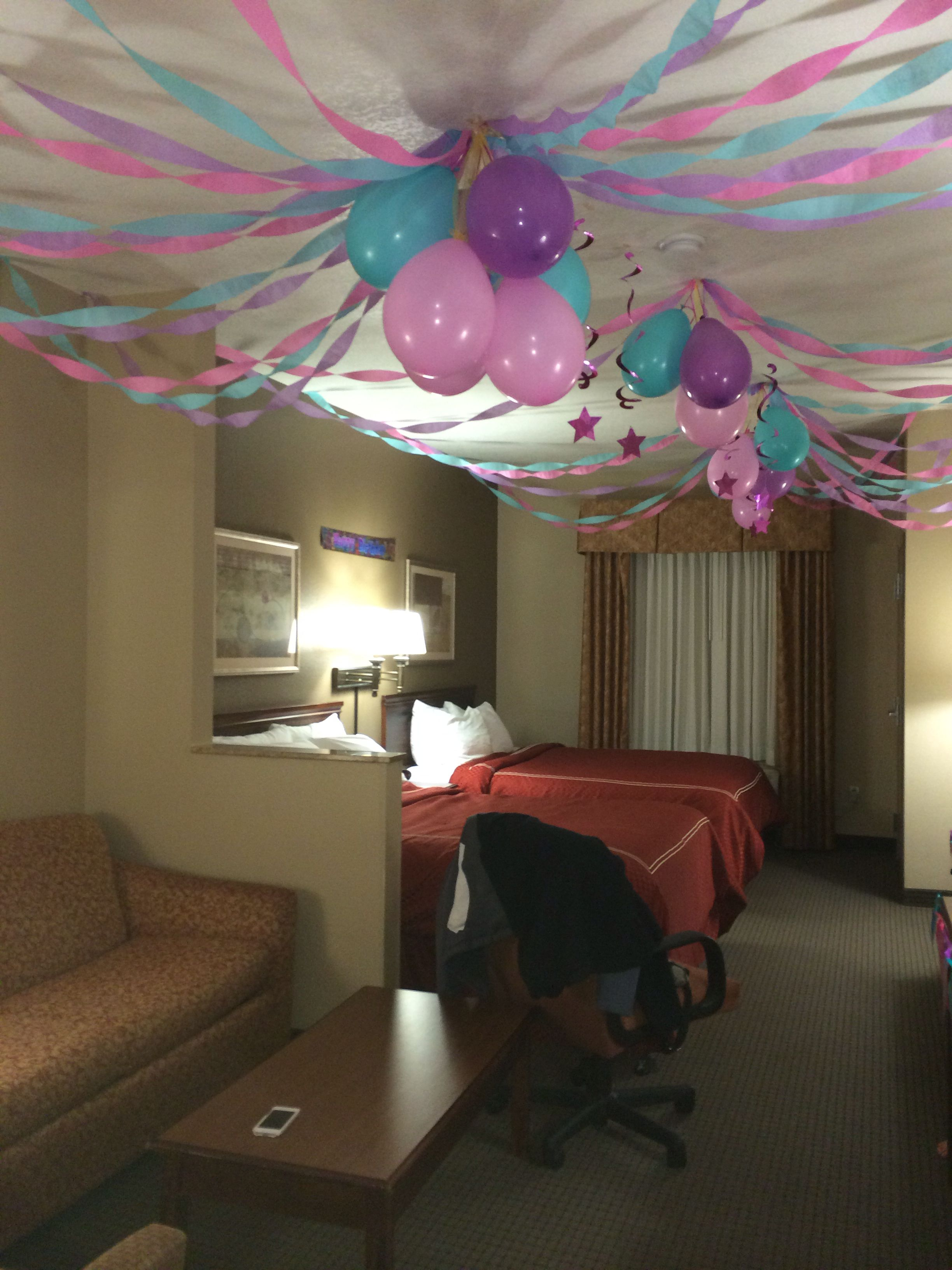 Birthday Party In A Hotel Room Invertedballons Streamers Girlsbirthday