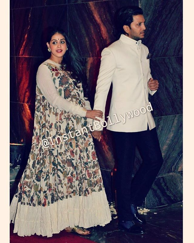 The Cutest Couple Of Bollywood Pregnant Genelia Dsouza And Ritesh