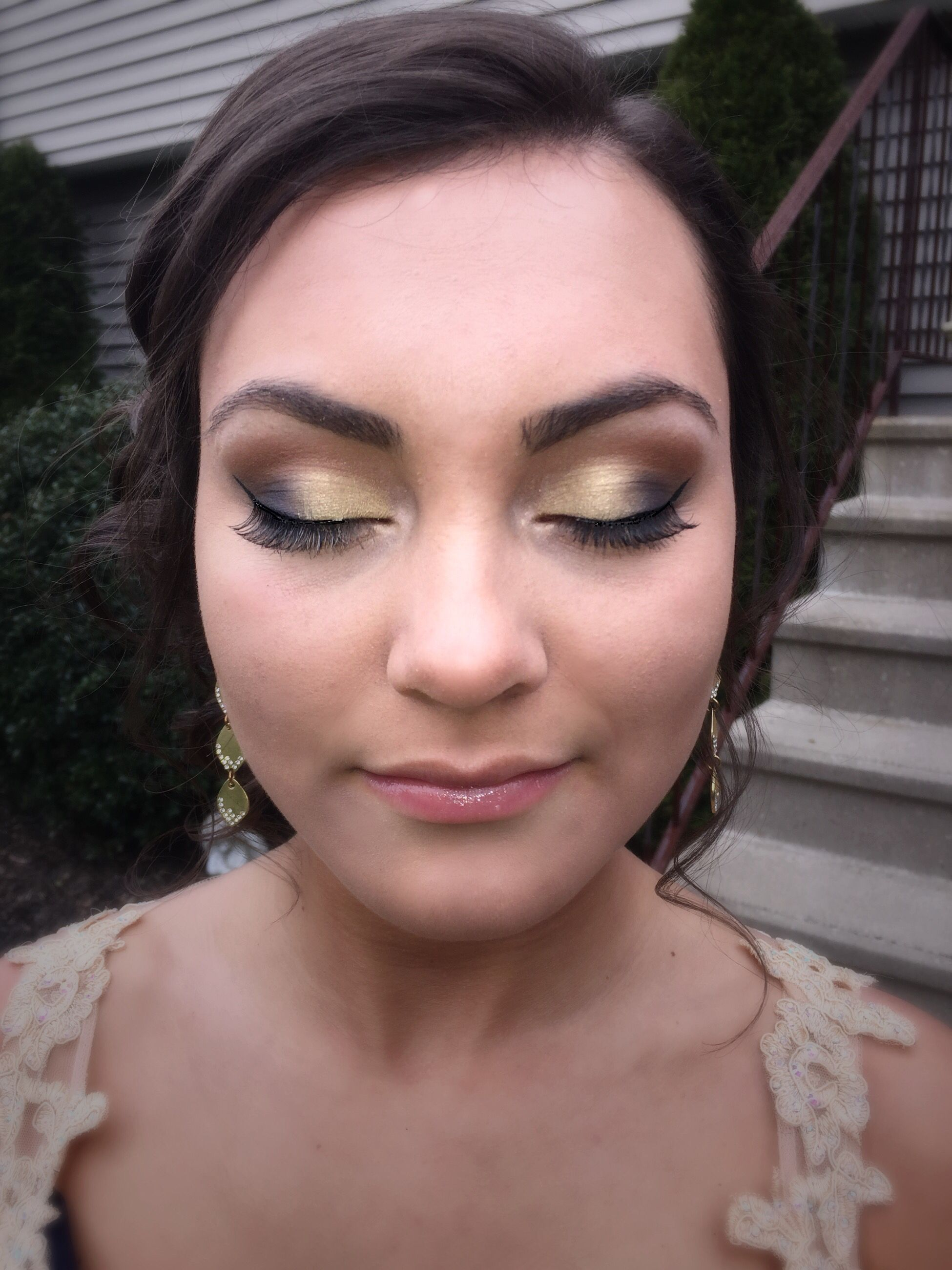 gold and navy blue prom makeup (With images) Prom makeup