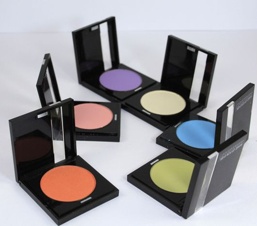 These are some AMAZING Make Up For Ever eyeshadow shades that are actually easy to wear for spring & summer!  http://www.beautyjunkiesunite.com/WP/2012/04/30/reviews-swatches-photos-make-up-for-ever-eyeshadow-25-118-88-116-57-101-lemon-apricot-orange-cotton-candy-vibrant-light-blue-chartreuse-lilac-matte/