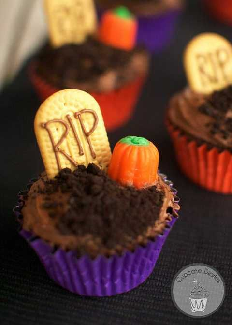 25 deliciously spooky Halloween cupcakes #halloweencupcakes