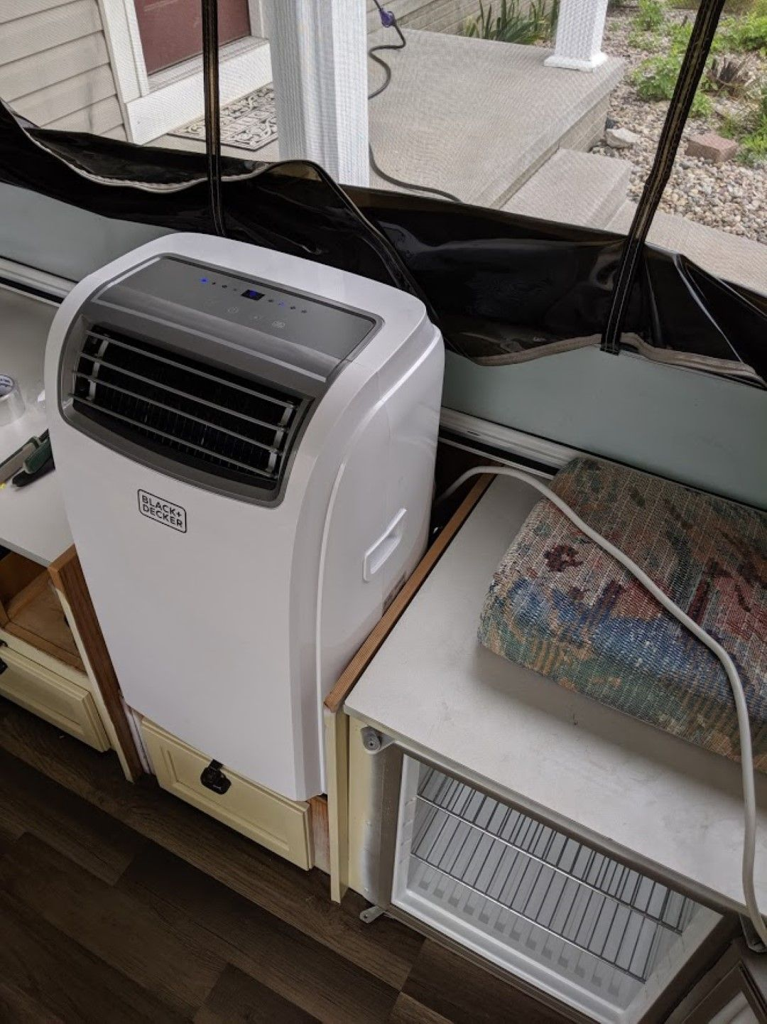 The Best Air Conditioners for Pop Up Campers (& Pop Up